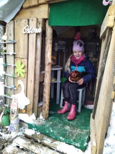 Ranja und Hansi in der Osterhütte2